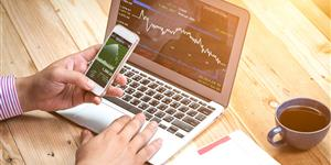 Bild: Börsenkurs am Smartphone und Tablet