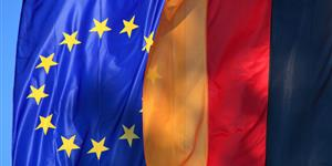 Bild: Europaflagge Deutschlandflagge