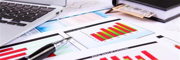 Bild: Finanzenpapiere auf dem Tisch