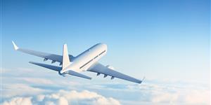 Bild: Flugzeug, blauer Himmel