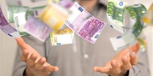 Bild: Geld ausgeben oder verschwenden