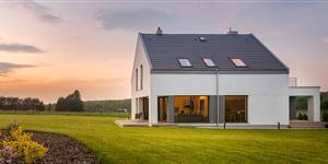 Bild: Haus, modern, Garten, Sonnenuntergang