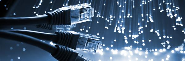 Bild: Kabel und Glasfaser