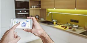 Bild: Küche Smart Home Herd Backofen Zuhause wohnen Smartphone