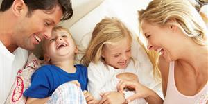 Bild: Lachende Familie