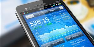 Bild: Smartphone zeigt Börsenkurse an