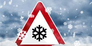Bild: Verkehrszeichen mit Schneeflockensymbol