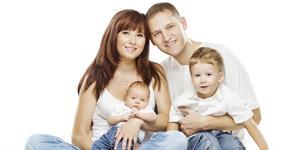 Bild: Vierköpfige Familie