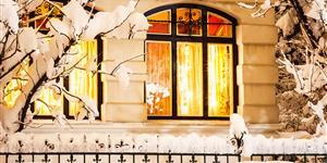 Bild: Wohnung mit Beleuchtung im Winter